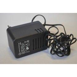 Zasilacz impulsowy 12V/1500mA DC 2,1/5.5