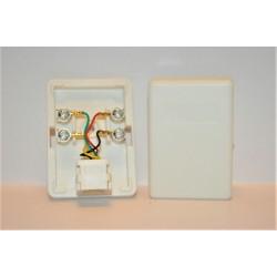 Gniazdko telefoniczne 6P4C natynkowe